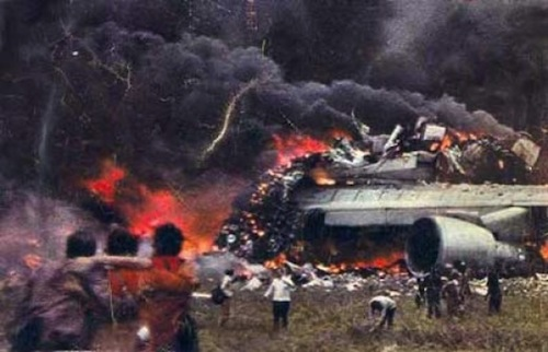 1-Tenerife-Airport-Disaster-1977